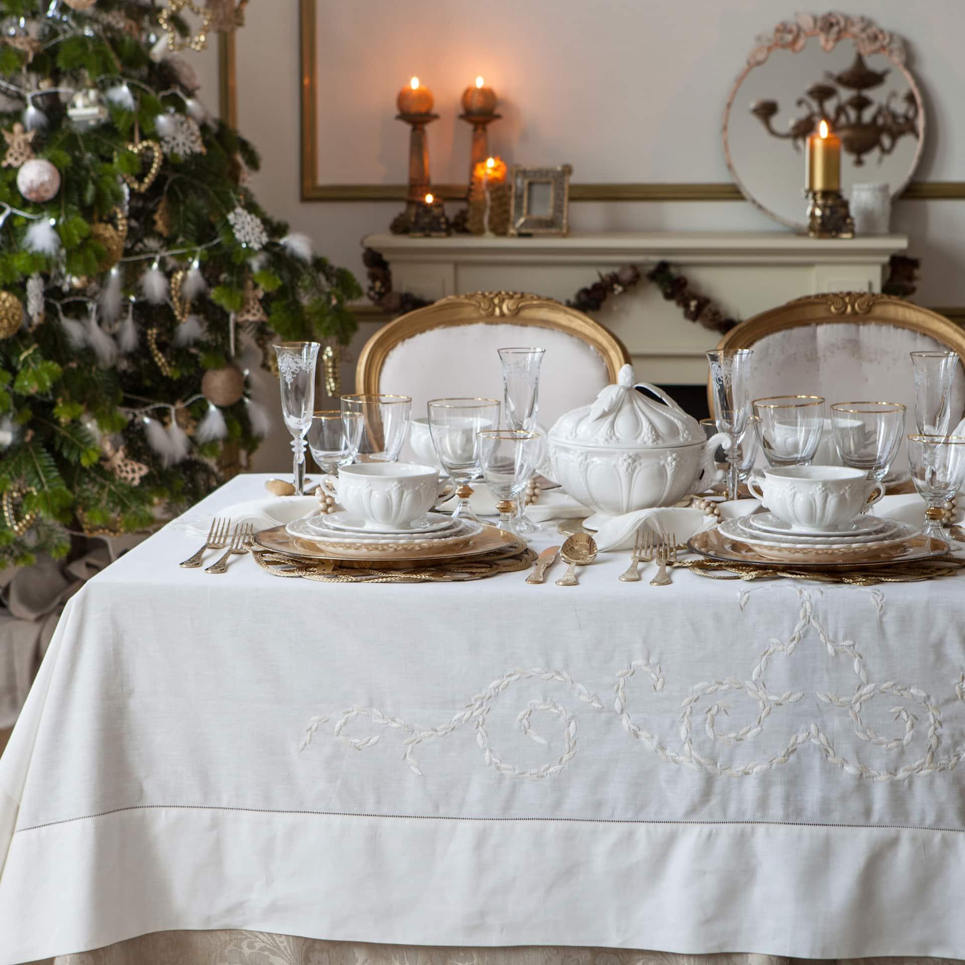 Zara Home 2014 | Zara home, White decor, Table decorations