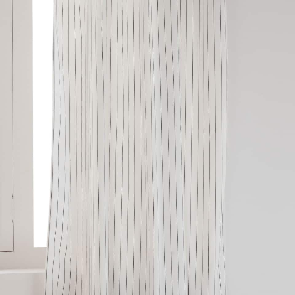 JACQUARD STRIPE CURTAIN