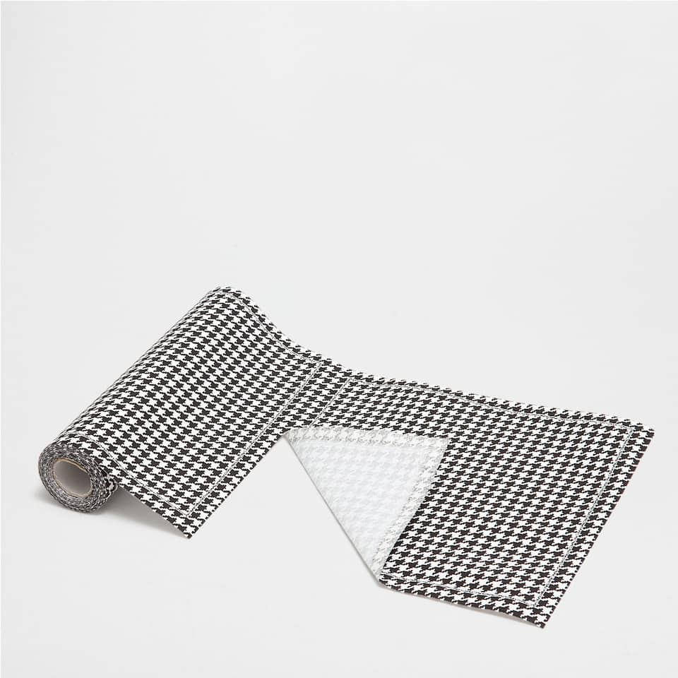 Houndstooth PRE-CUT NAPKINS (SET OF 20)