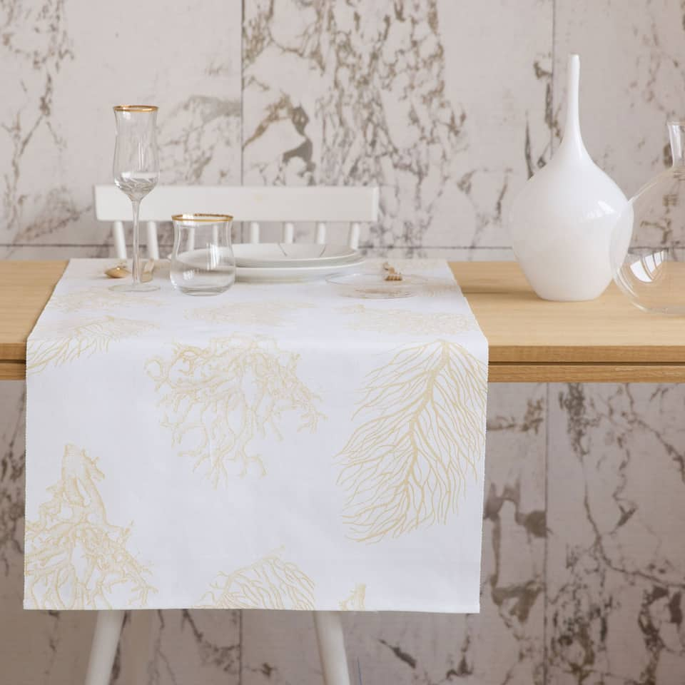Maxi Coral Table Runner