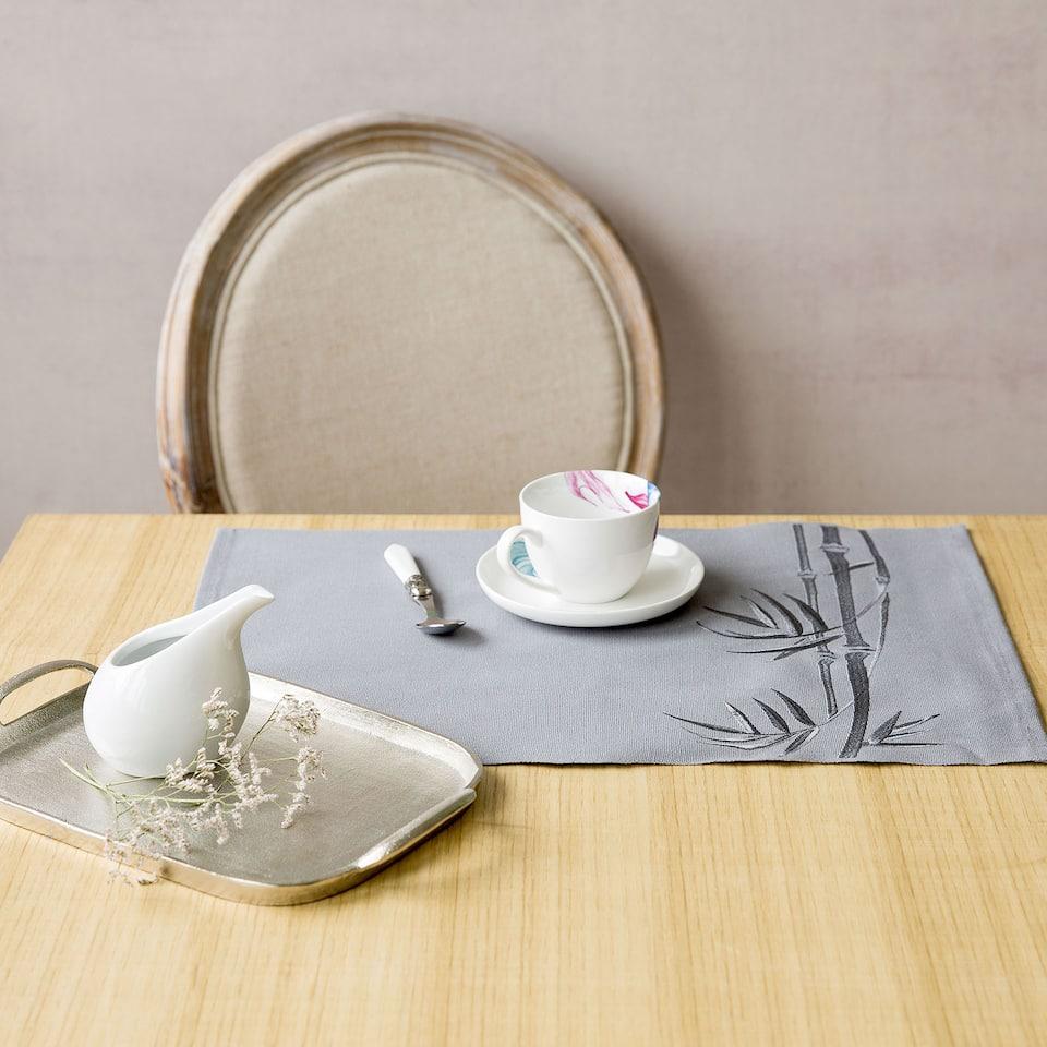 Подложка за хранене с бродерия, бамбук (комплект от 2)
