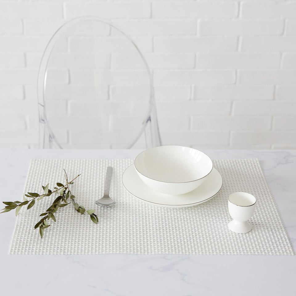 White Plastic-Coated Placemat (Set of 2)
