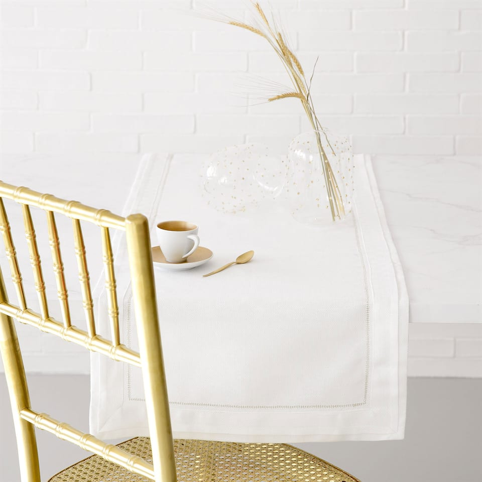 Shimmer-Thread Linen Table Runner