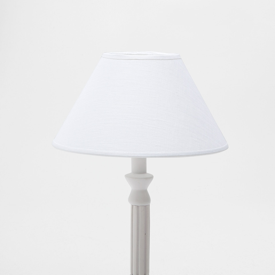WHITE LINEN CONE-SHAPED LAMPSHADE