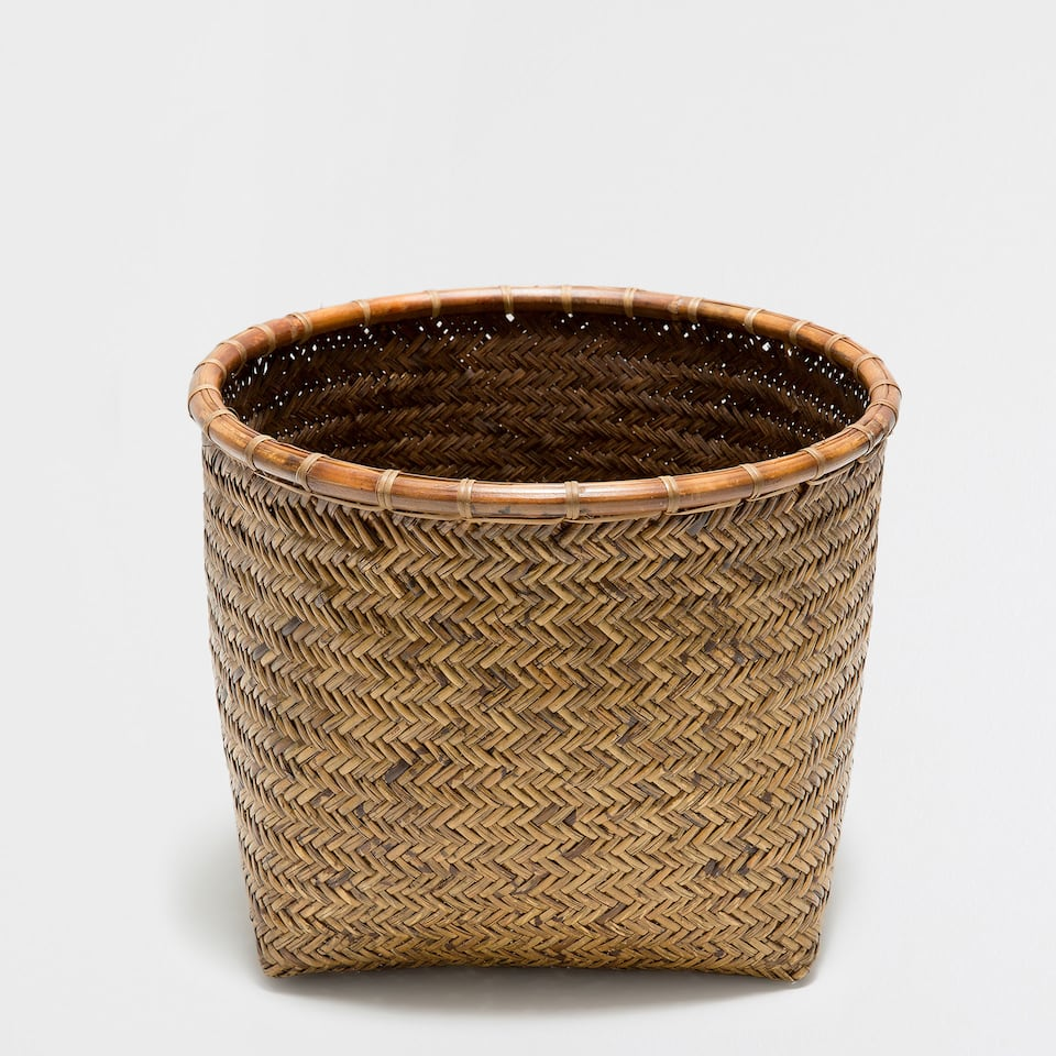 DARK BAMBOO DECORATIVE BASKET