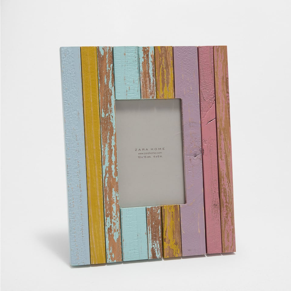 MULTICOLOURED WOODEN FRAME