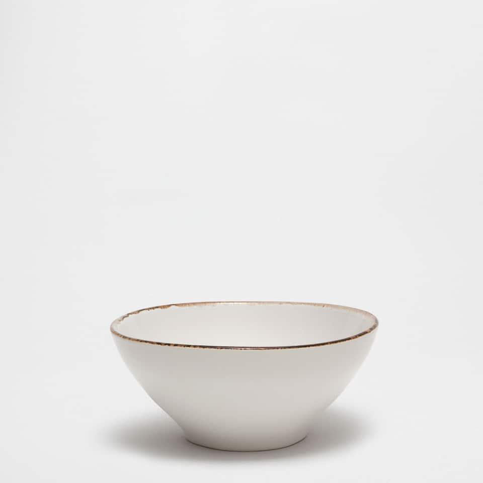 Brown rim stoneware bowl