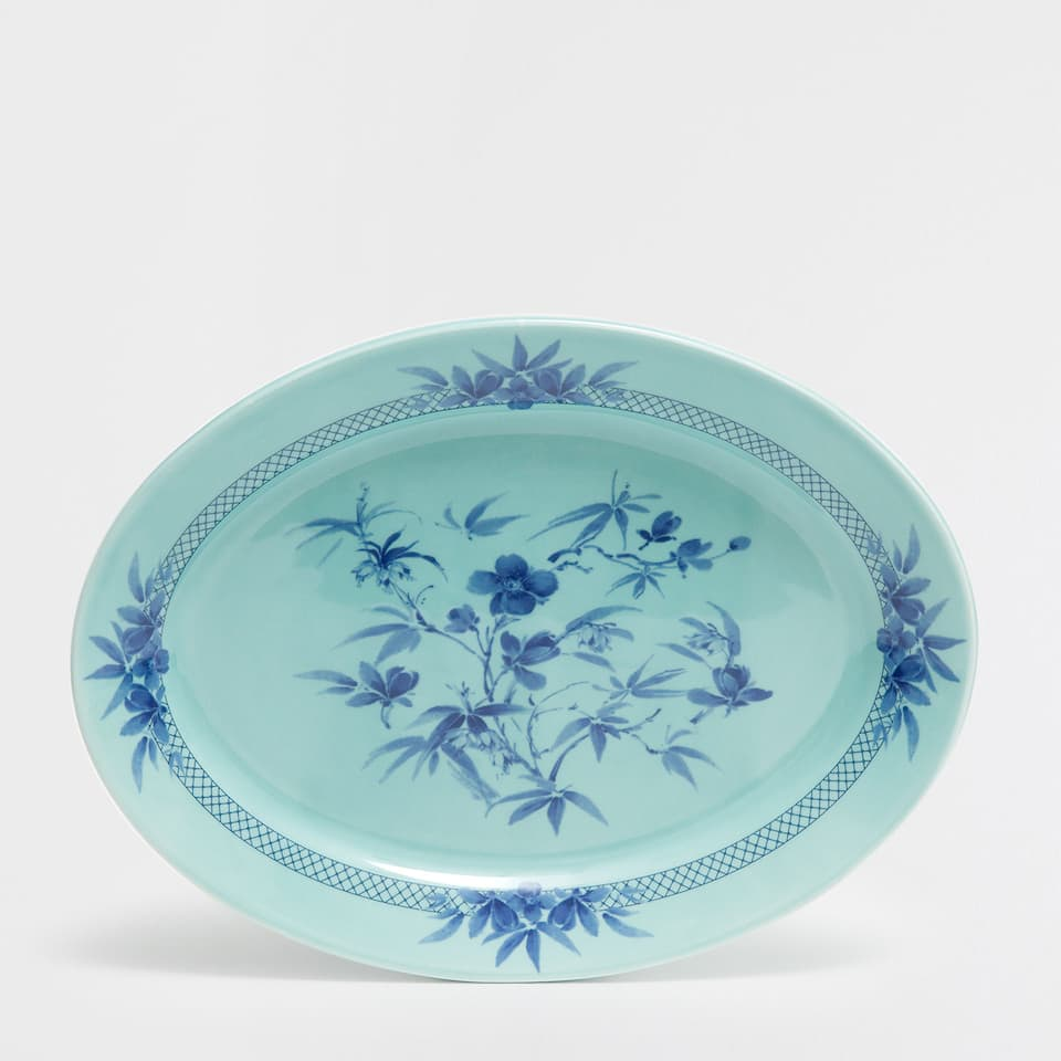 Botanical-design serving dish
