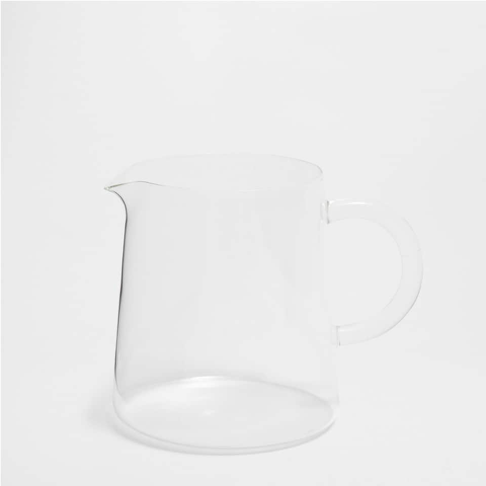 MINIMAL GLASS PITCHER