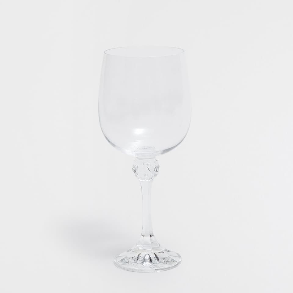 WINE GLASS WITH A STEM APPLIQUÉ