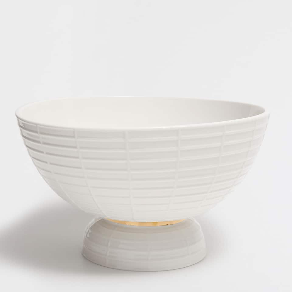 SALAD BOWL WITH A GOLD RIM