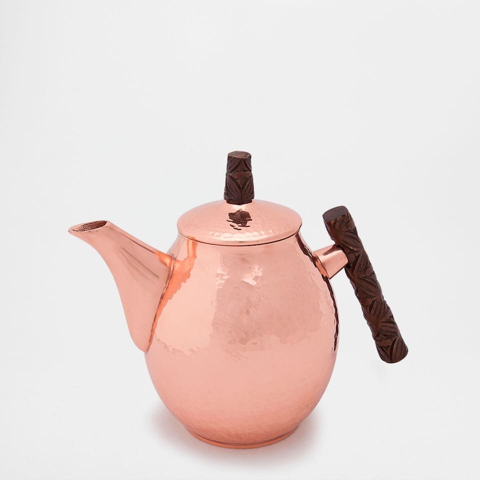 HAMMERED STEEL TEAPOT