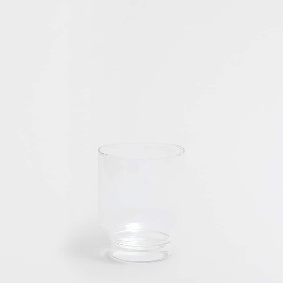 THIN GLASS TUMBLER