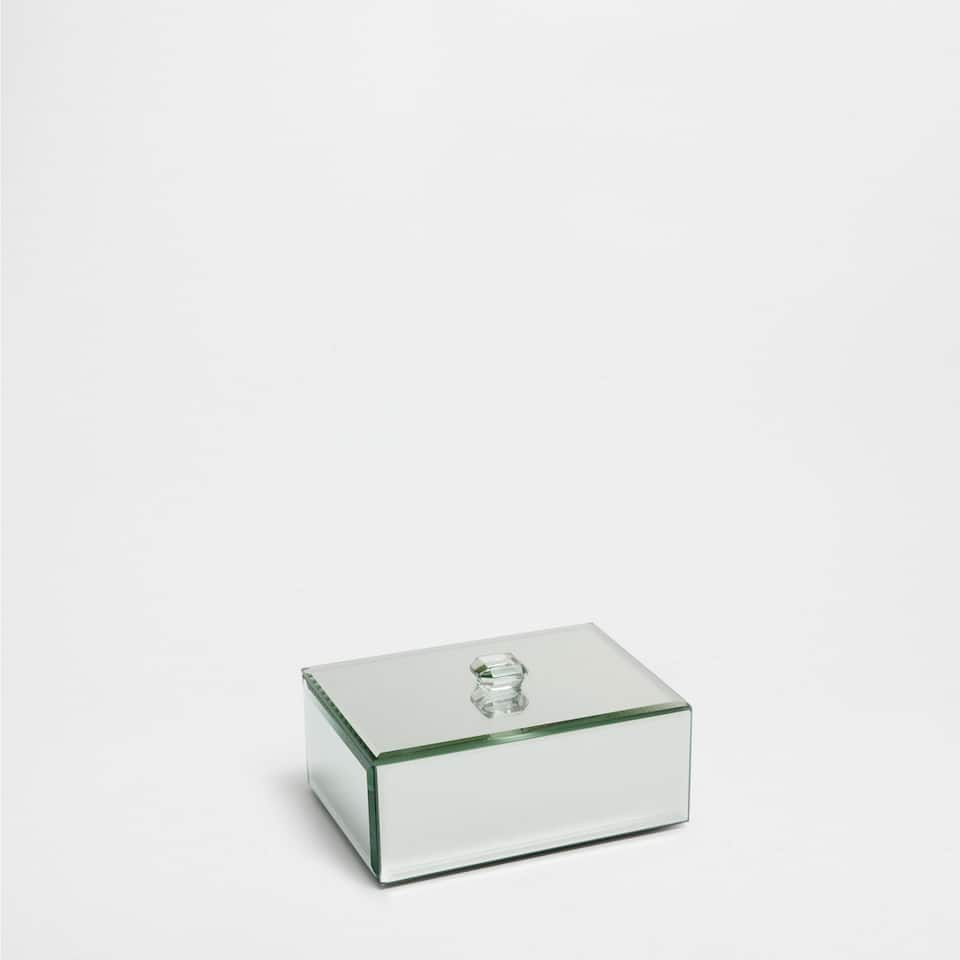 MIRRORED BOX