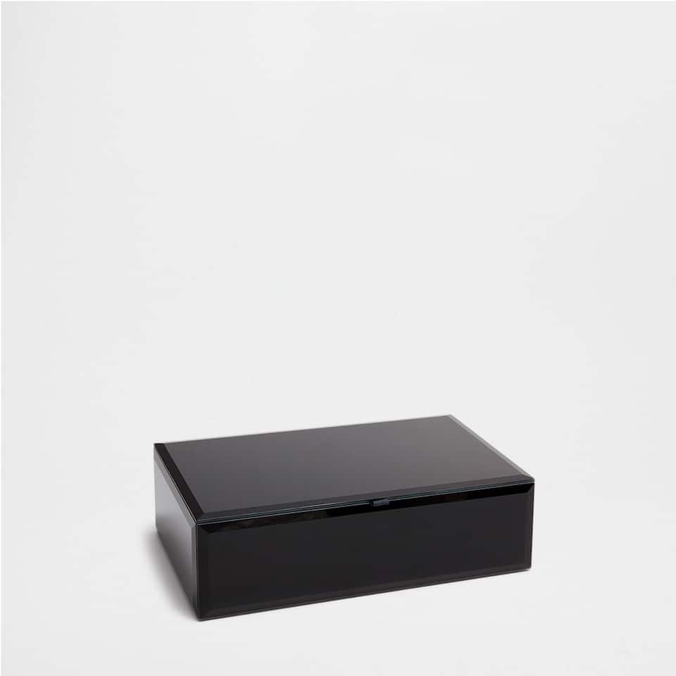 BLACK MIRRORED BOX