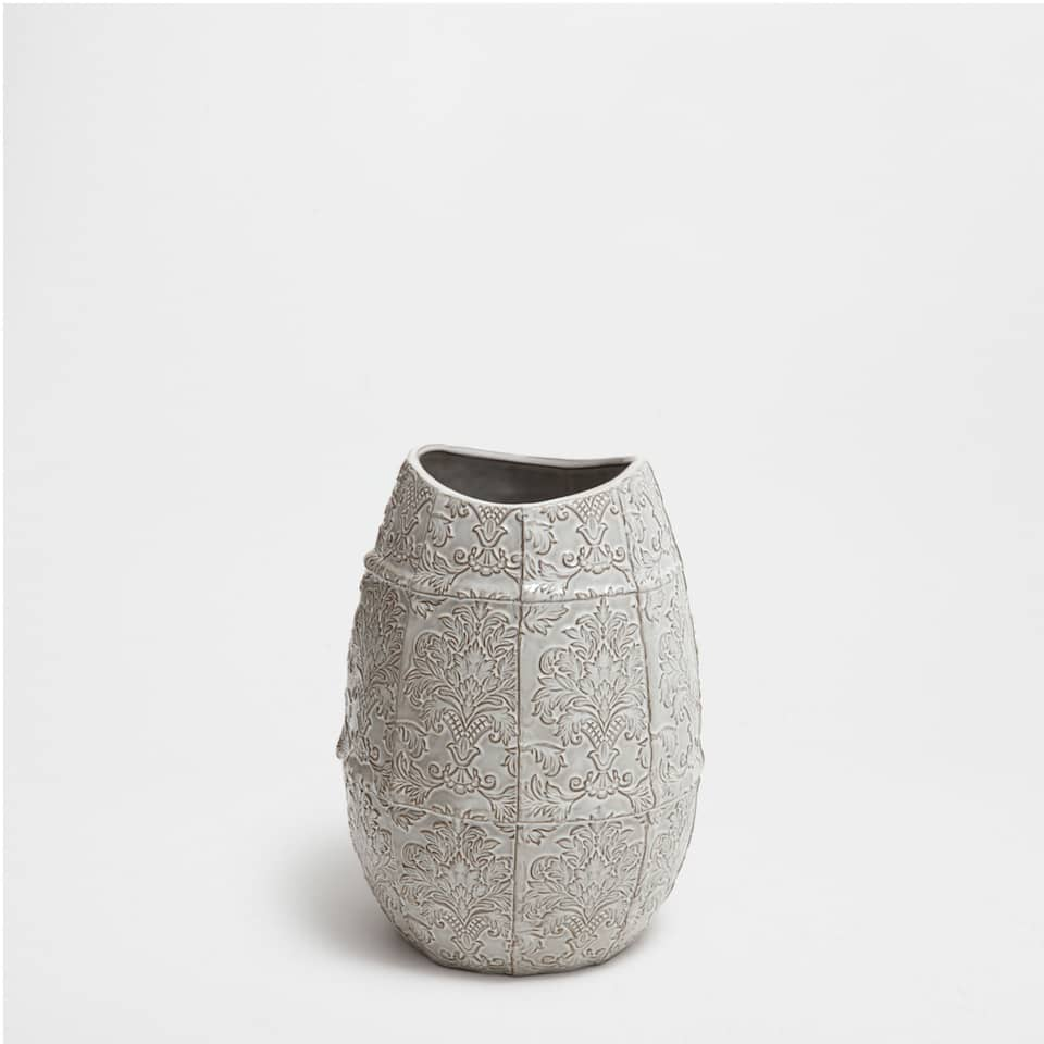 CERAMIC VASE WITH A GREY DESIGN