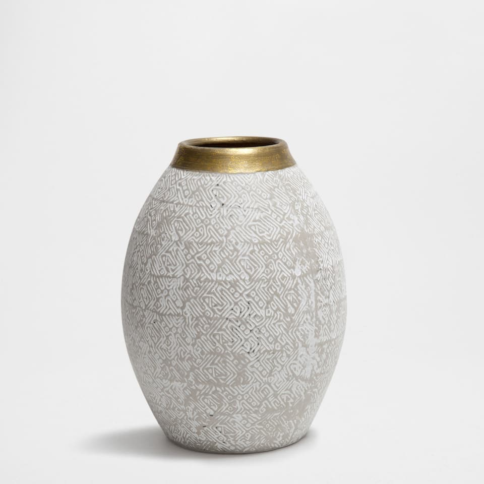 GOLDEN-EDGE TERRACOTTA VASE