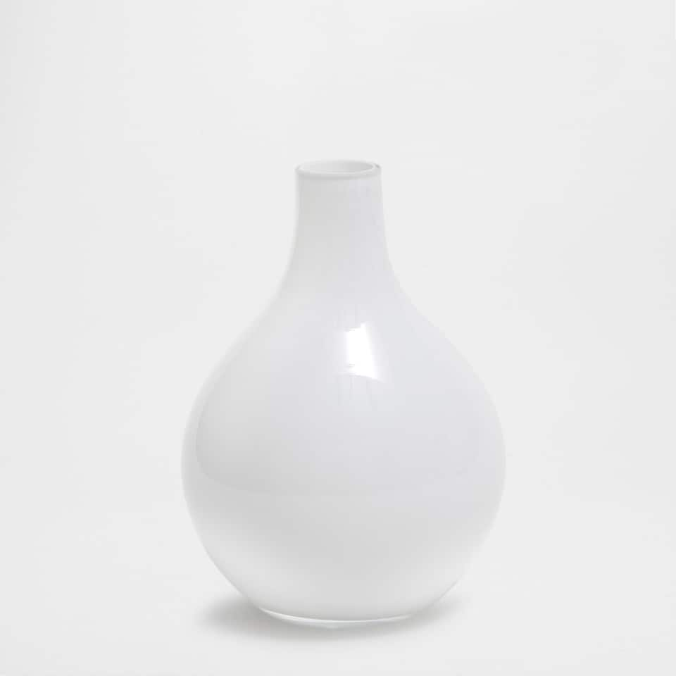 WHITE GLASS VASE