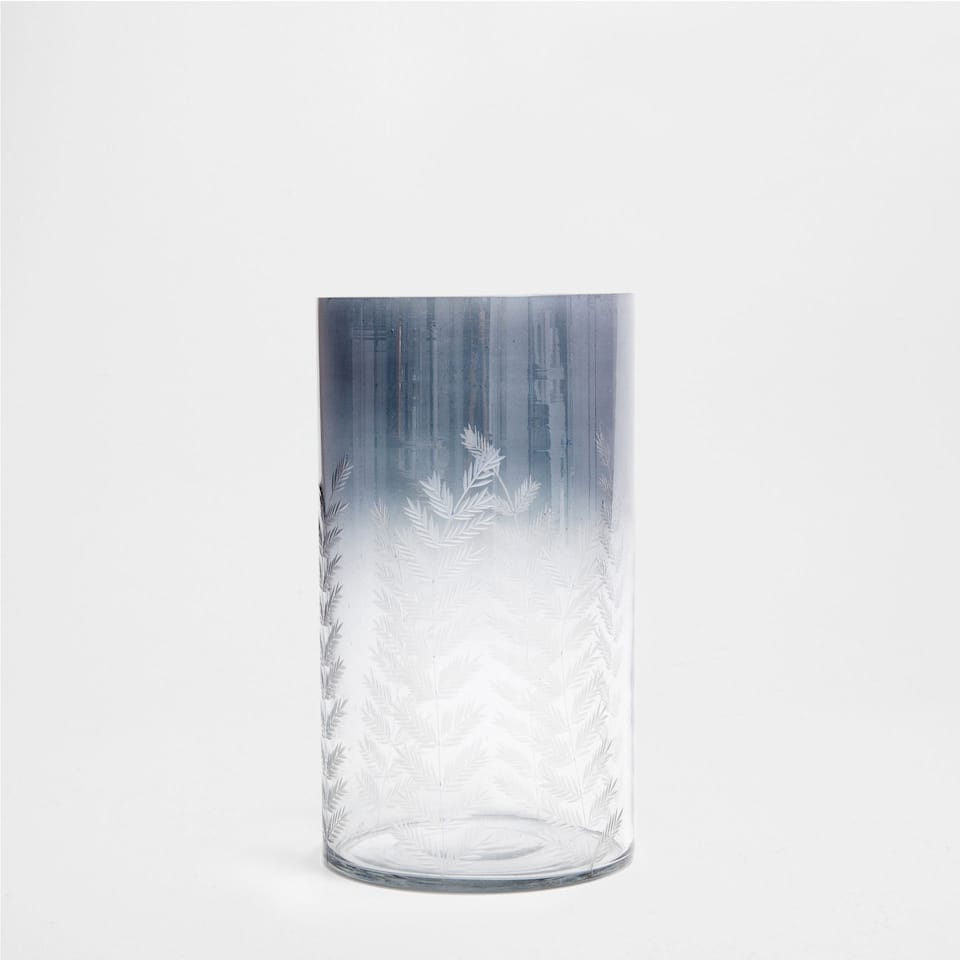 SHADED DESIGN GLASS VASE