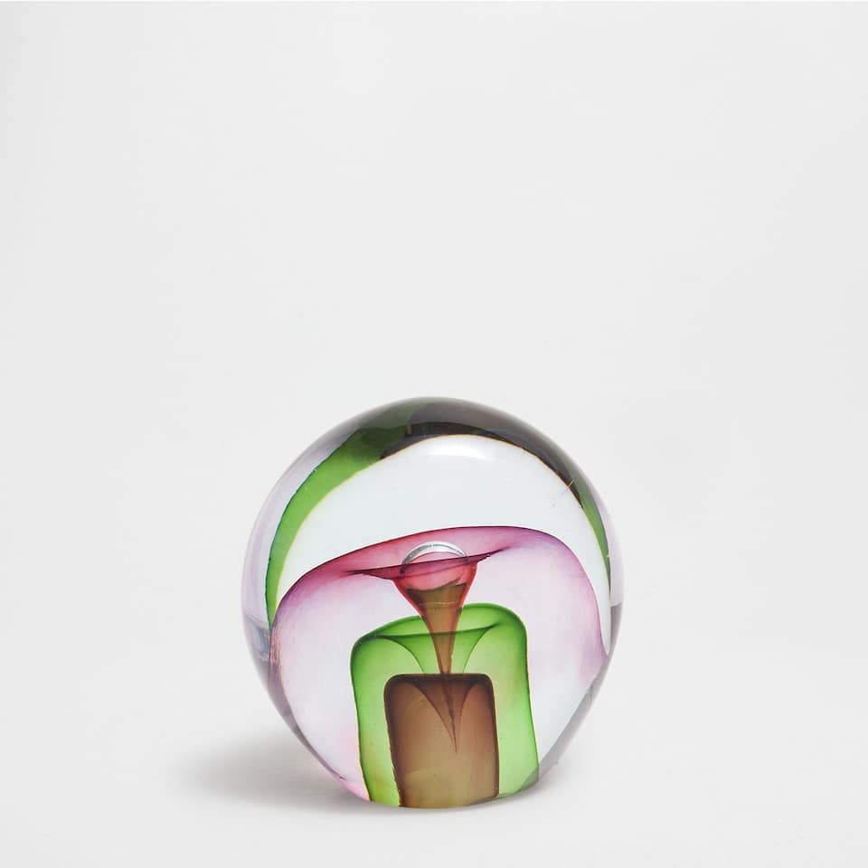 MULTICOLOURED PAPERWEIGHT