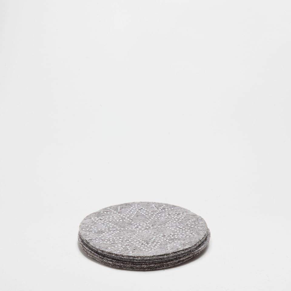 Felt star design coasters (set of 4)