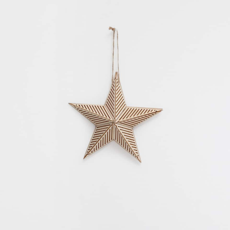 Striped wooden star pendant decoration