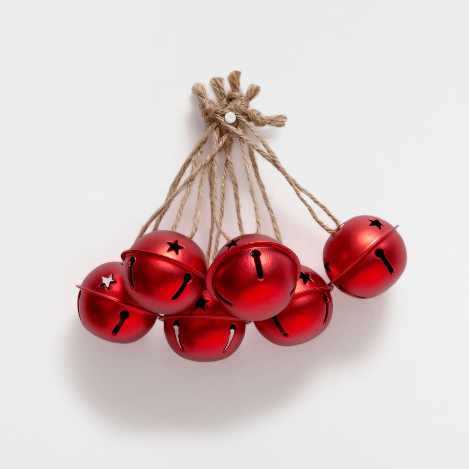 Red star cutwork bells (set of 6)