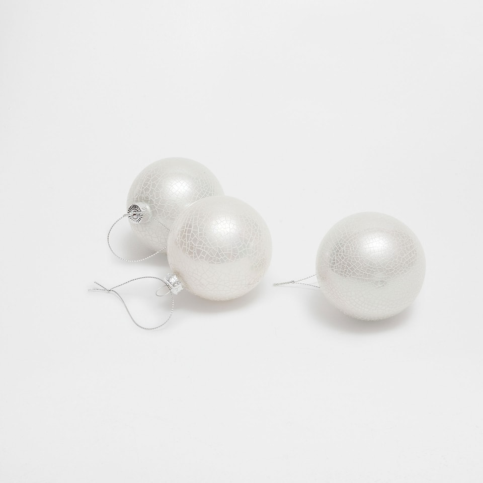 Pearl effect baubles (set of 3)