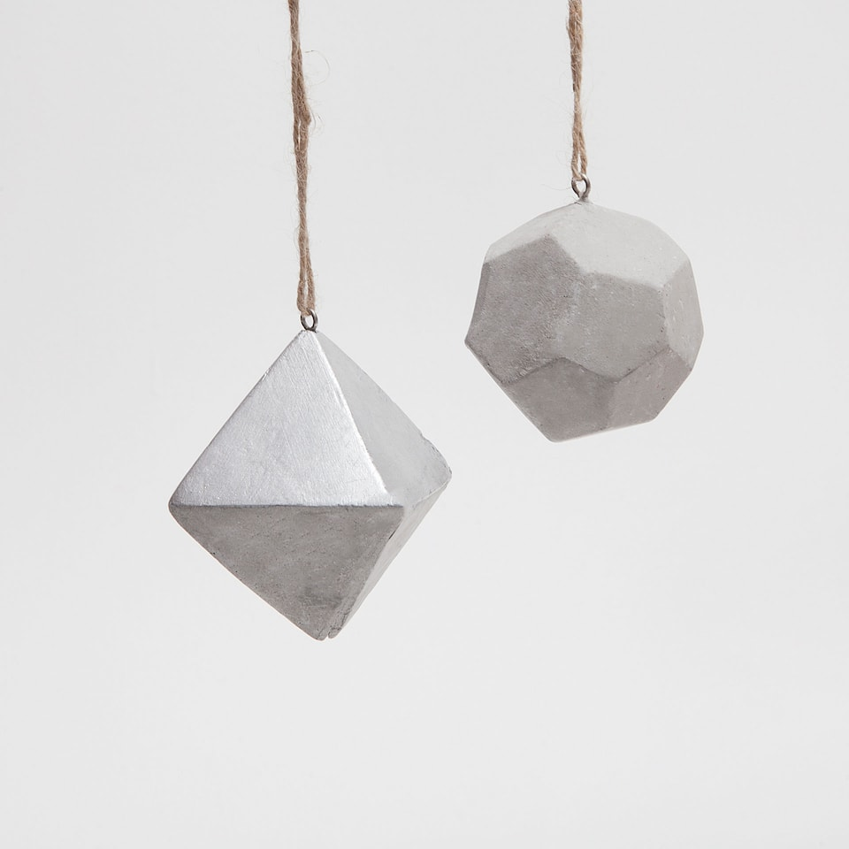 Geometric cement decorations (set of 2)