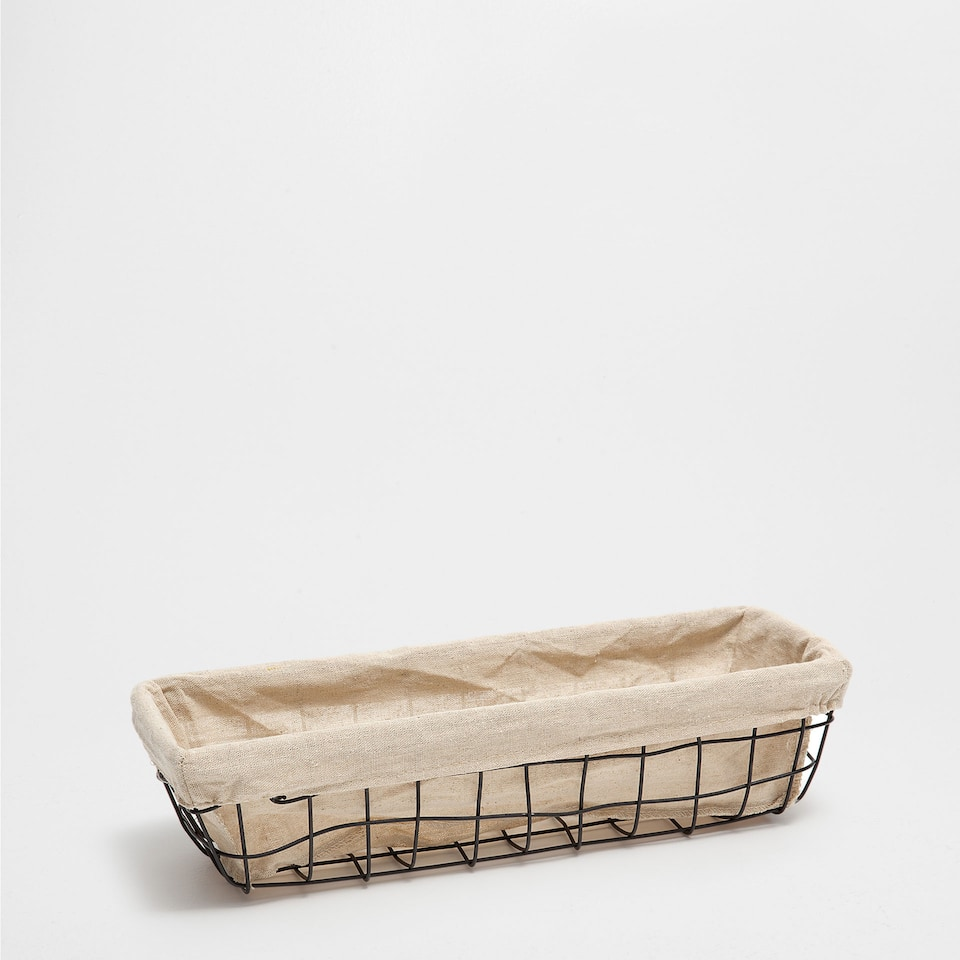 FABRIC-LINED RECTANGULAR MESH BASKET