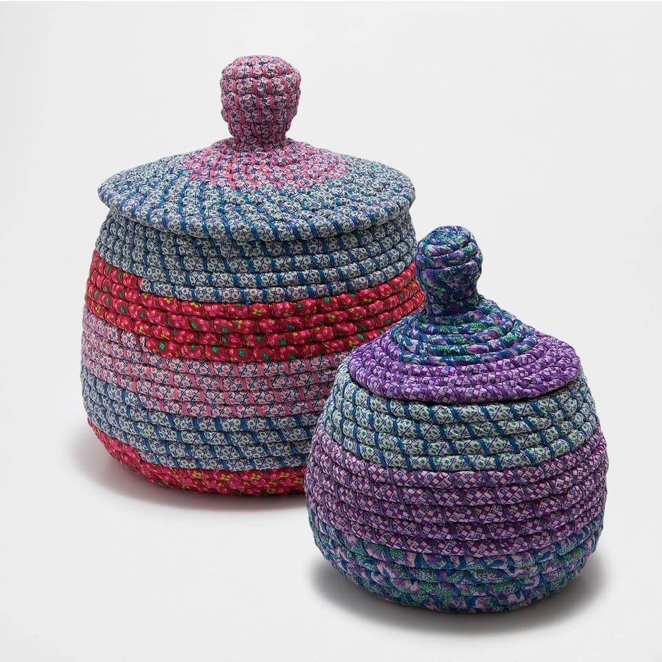 COLOURFUL OVAL BASKET WITH A LID