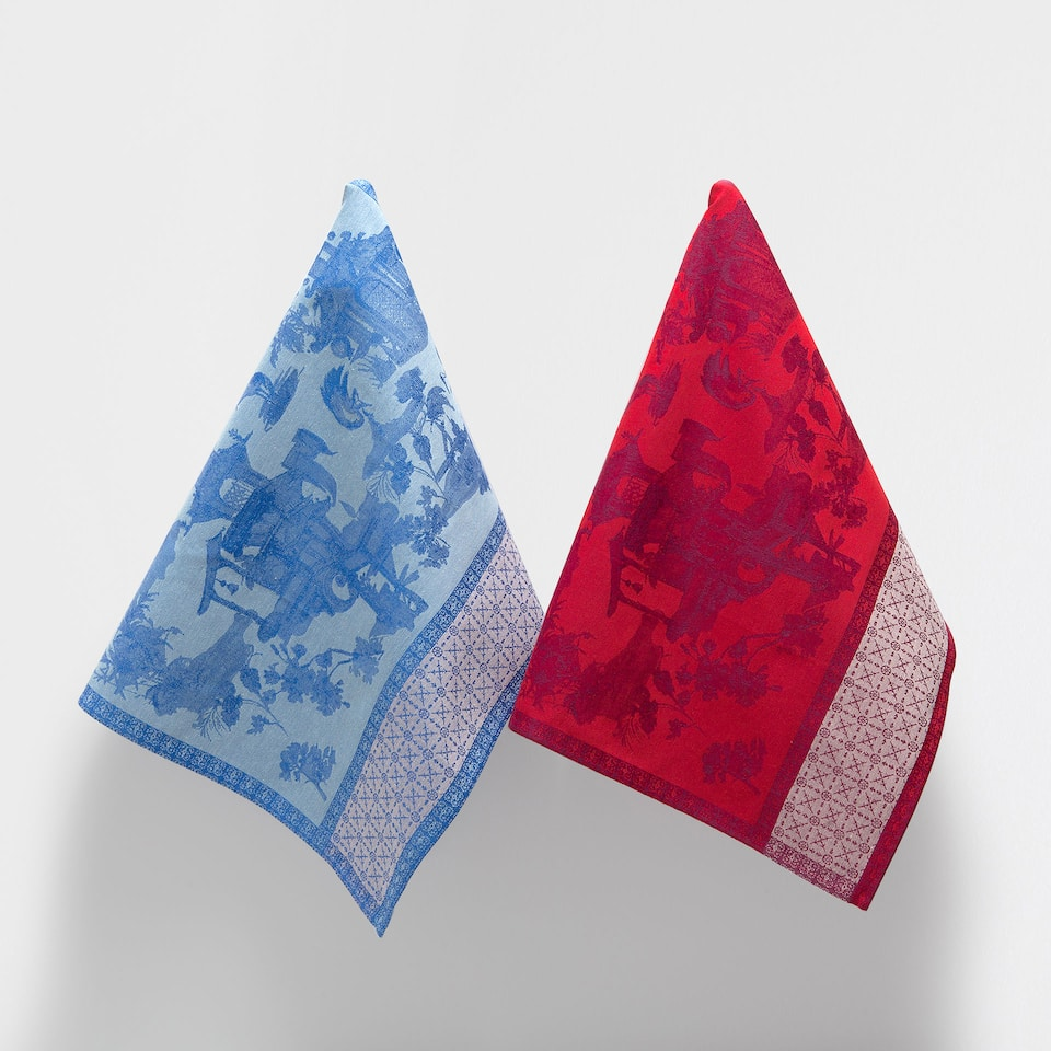 PAGODA-DESIGN TEA TOWEL (SET OF 2)
