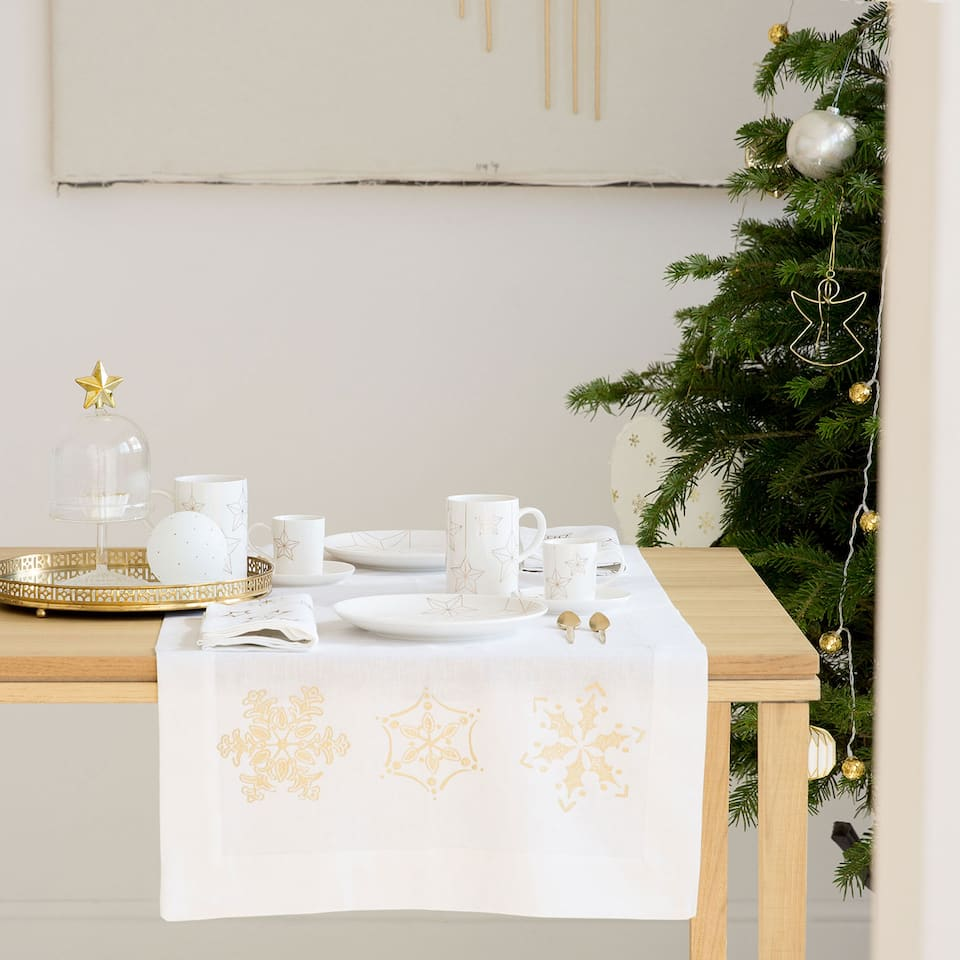Golden snowflake table runner