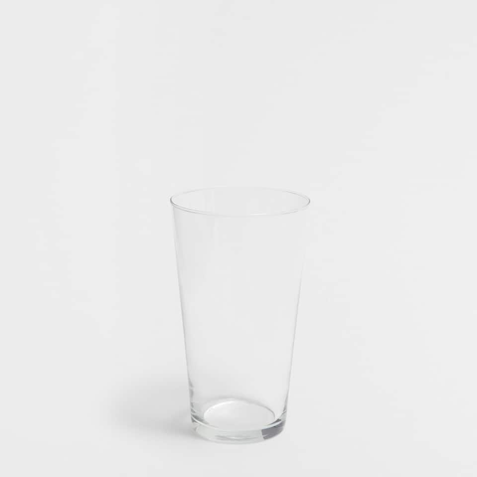 Transparent glass tumbler