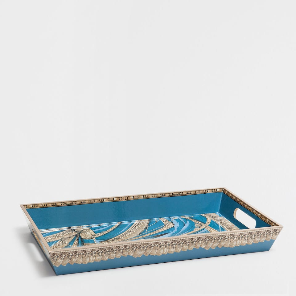 WOODEN TRAY WITH A BLUE AND GOLD PATTERN