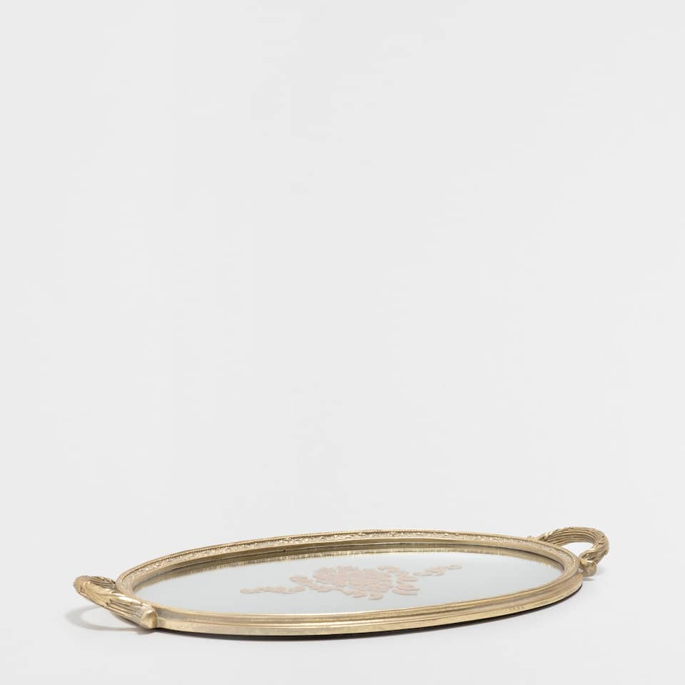 OVAL MIRRORED TRAY WITH A GOLDEN FRAME