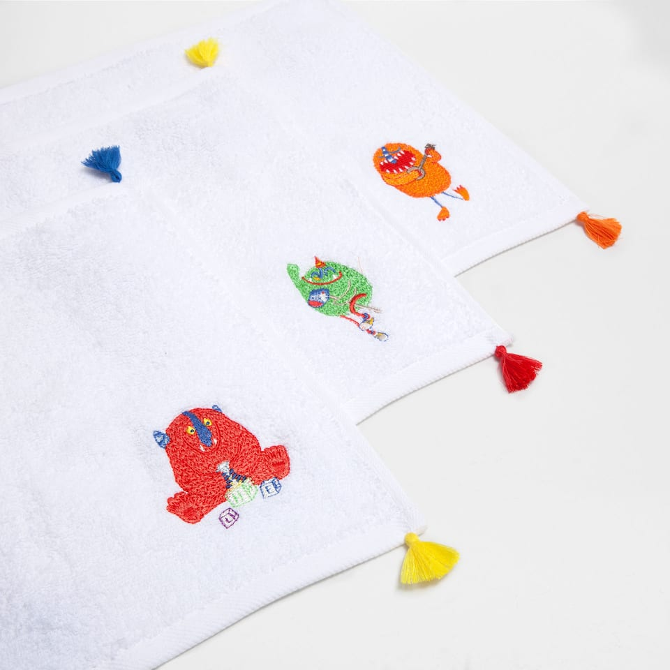 Pompom embroidered cotton towel (Set of 3)