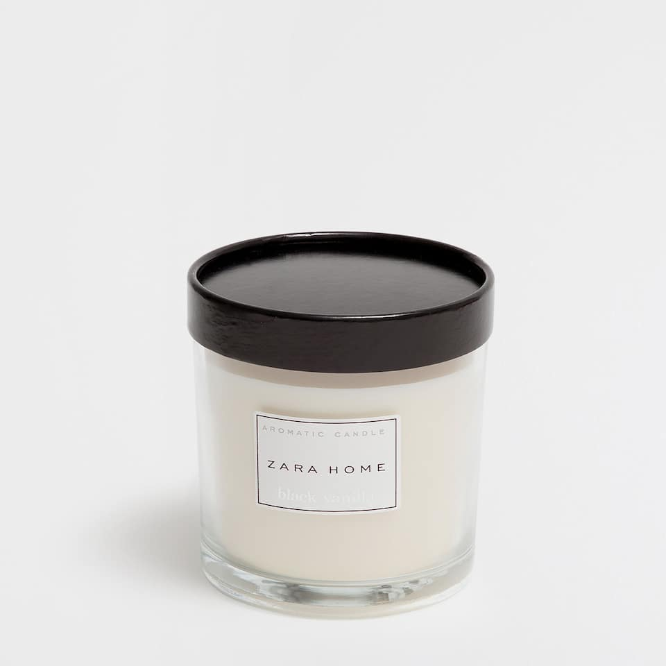Black Vanilla Candle