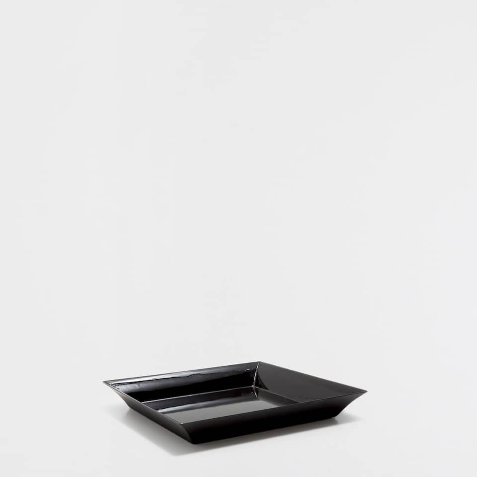LACQUERED BLACK SQUARE TRAY