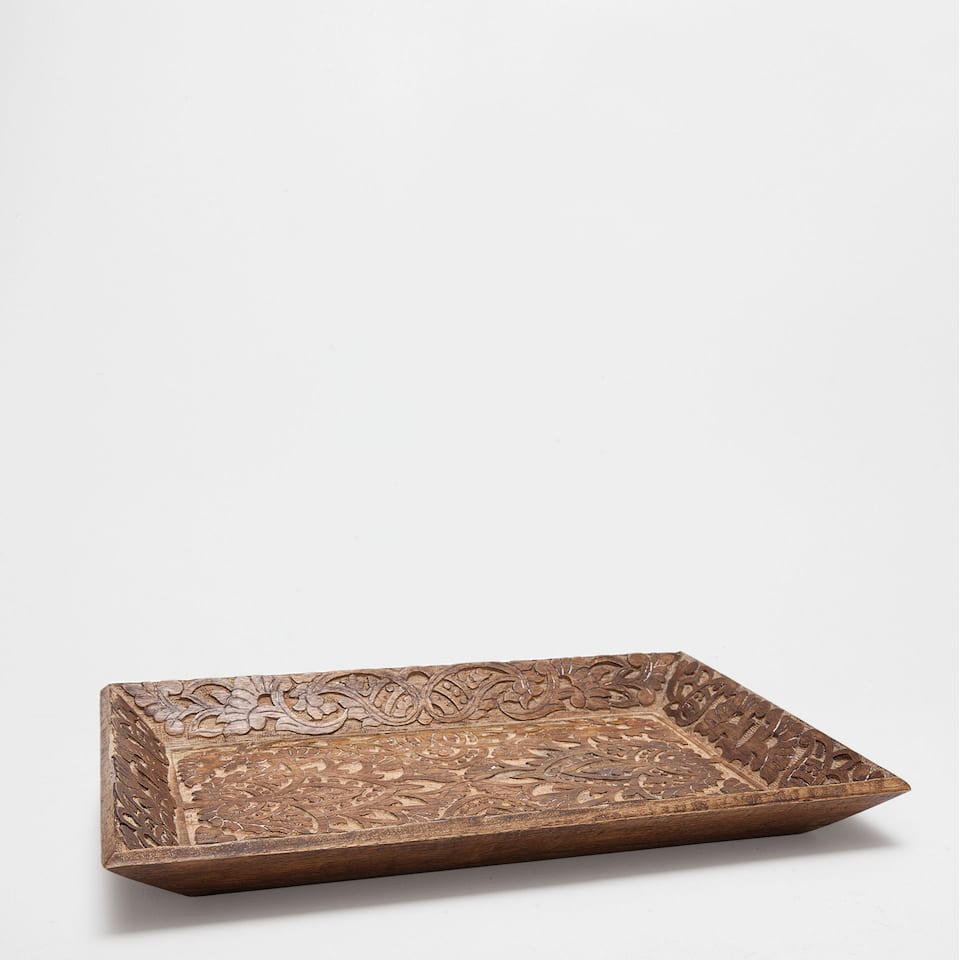WOODEN TRAY WITH A BROWN HANDLE