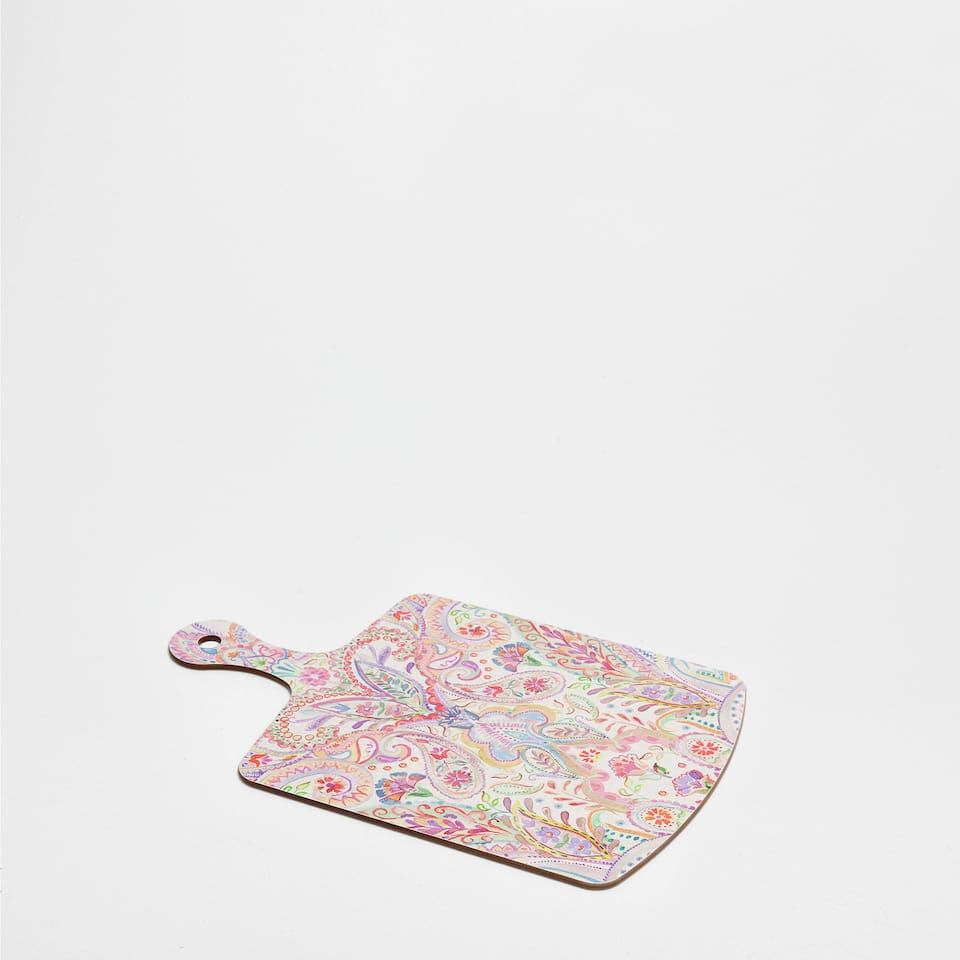 CHOPPING BOARD WITH A FLORAL AND PAISLEY PATTERN