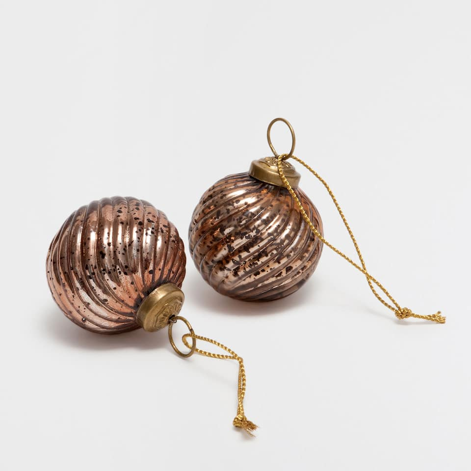 Copper raised stripes baubles (set of 2)