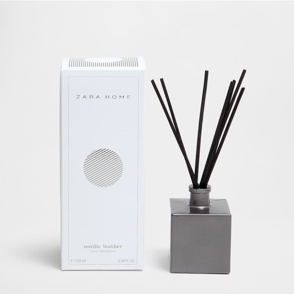 NORDIC LEATHER AIR FRESHENER STICKS (100 ML)