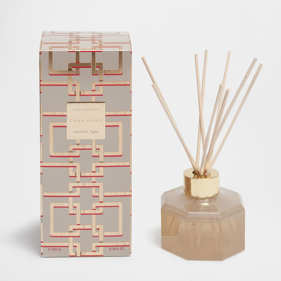 AMBIENTADOR EN STICKS ORIENTAL LIGHT (200 ML)