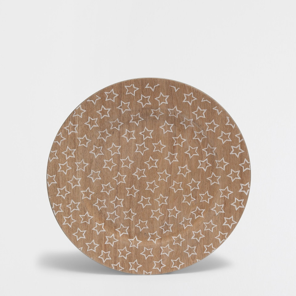 Wooden effect plate charger with white stars