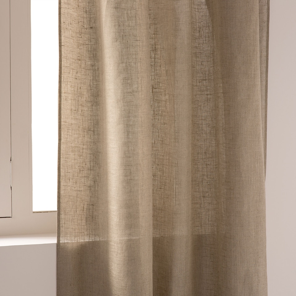 Natural-coloured linen curtain
