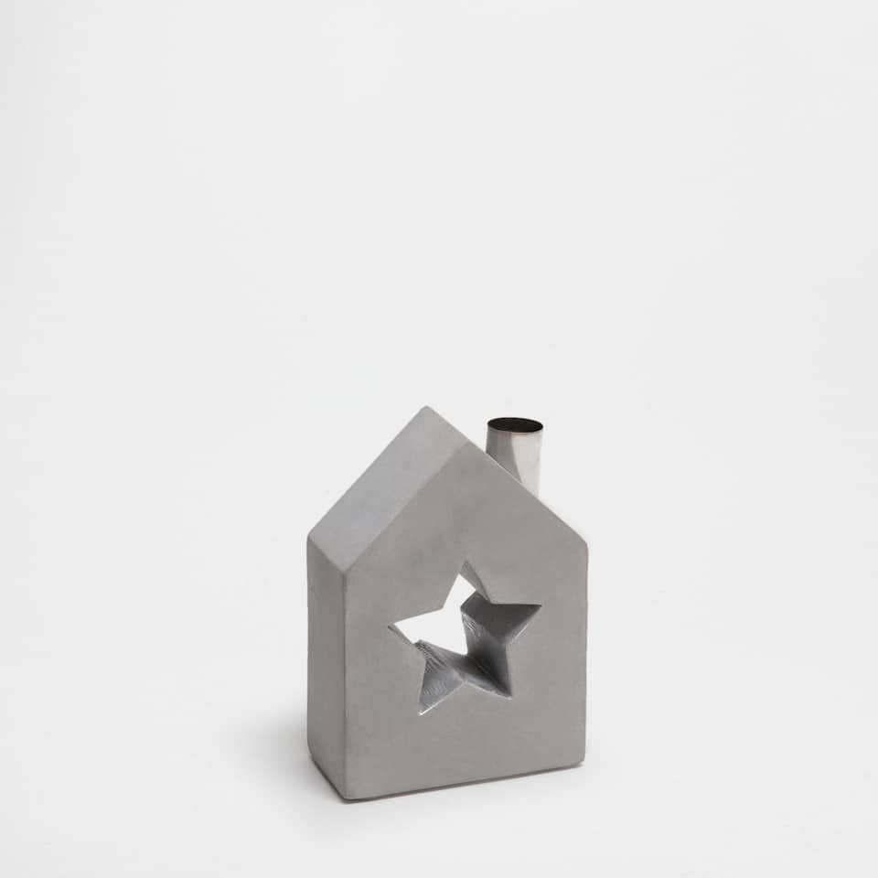 House-shaped cement candlestick