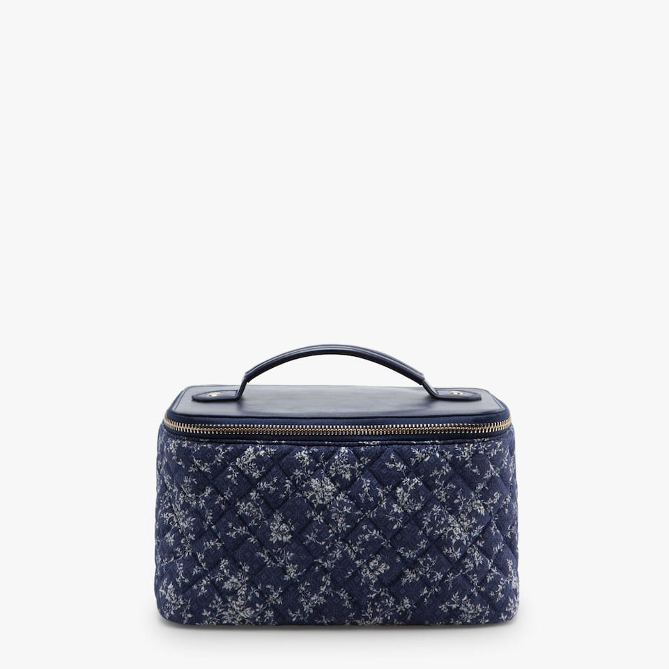 FABRIC TOILETRY BAG