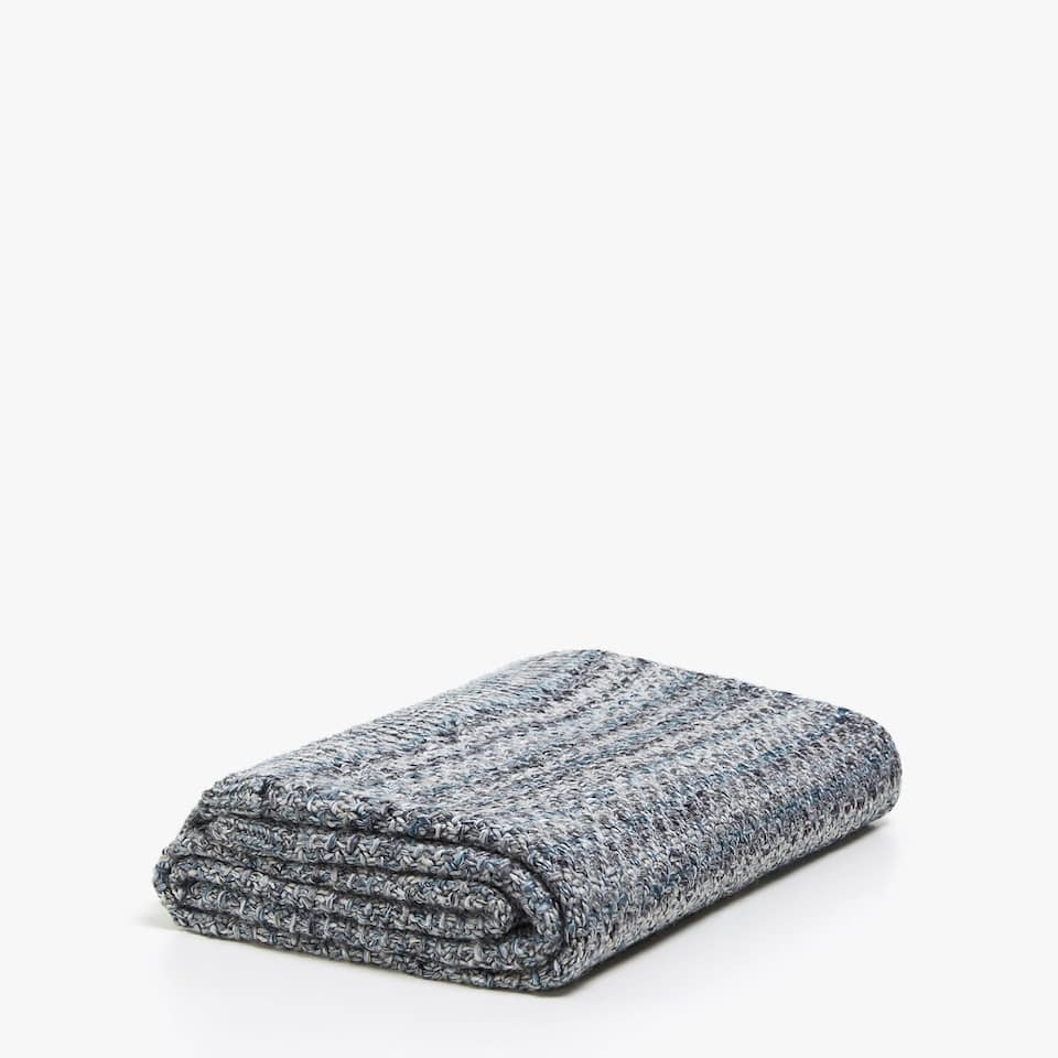 TEXTURED KNIT BLANKET WITH STRIPES