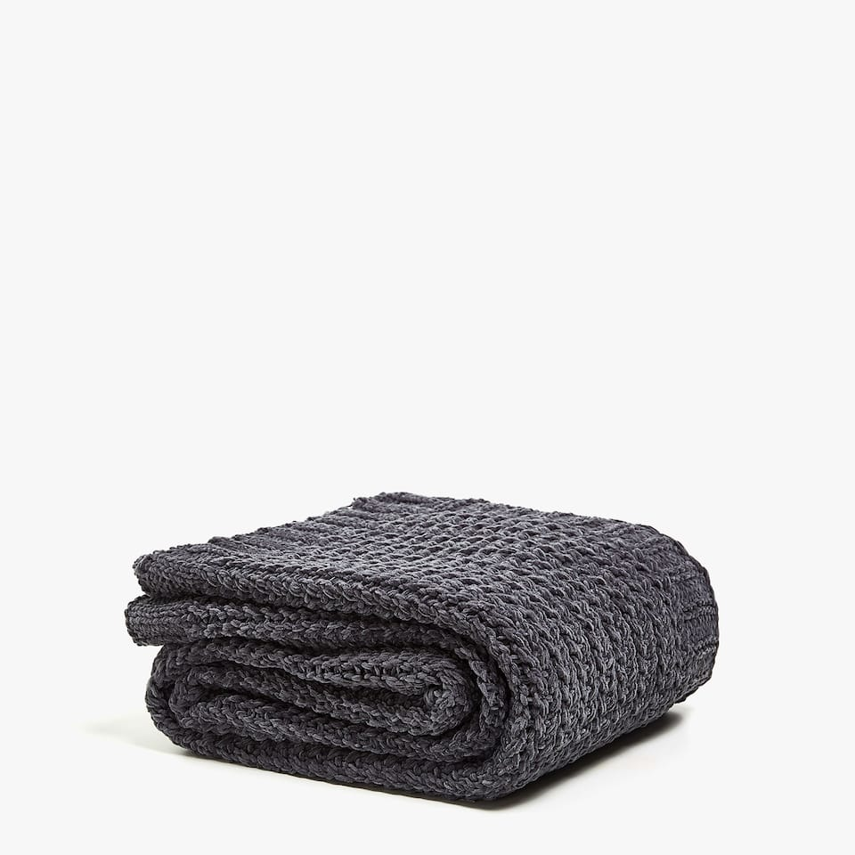 CHENILLE TRICOTINE KNIT BLANKET